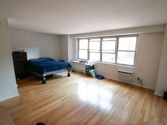 310 Greenwich St APT 14A, New York, NY 10013