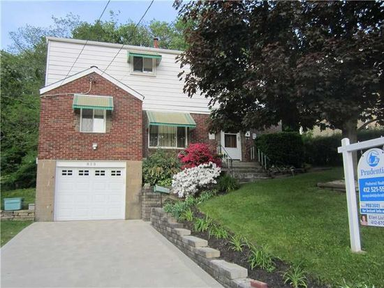 813 Macfarlane Dr, Pittsburgh, PA 15235