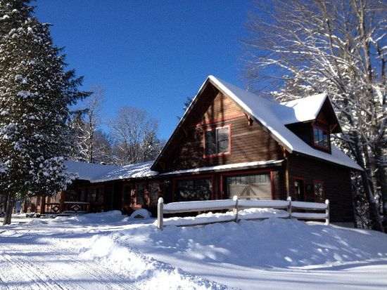 105 Black Bear Trl, Old Forge, NY 13420