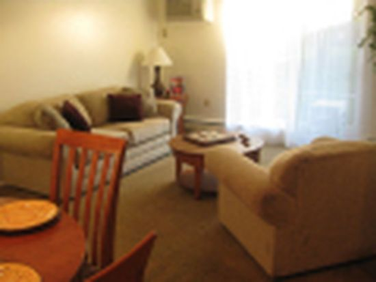 267 W Walnut Ave APT 137, Painesville, OH 44077