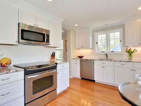31 Fairway Cir UNIT 31, Natick, MA 01760