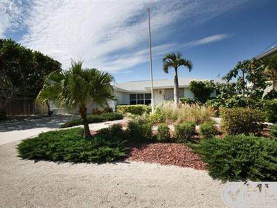 321 Jefferson Ct, Fort Myers Beach, FL 33931
