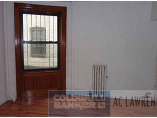 2 Bank St APT 2, New York, NY 10014