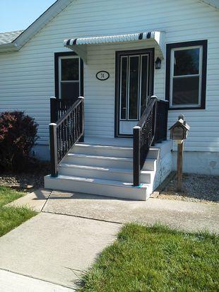 74 W Fifth St, Manteno, IL 60950