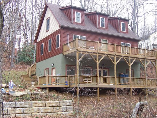 218 Westbrook Dr, Boone, NC 28607