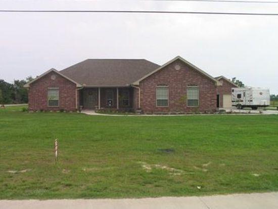 17405 Tallamar Dr, Beaumont, TX 77713