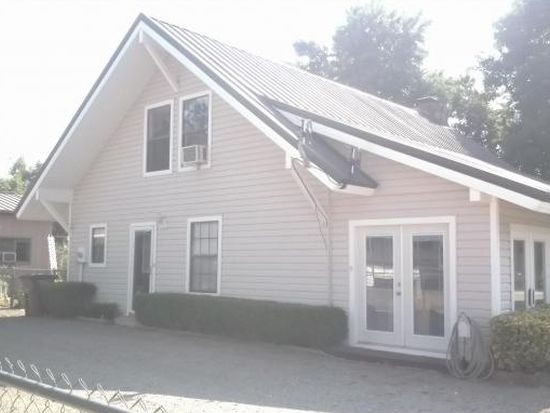 422 E Elm Ave, Eufaula, OK 74432
