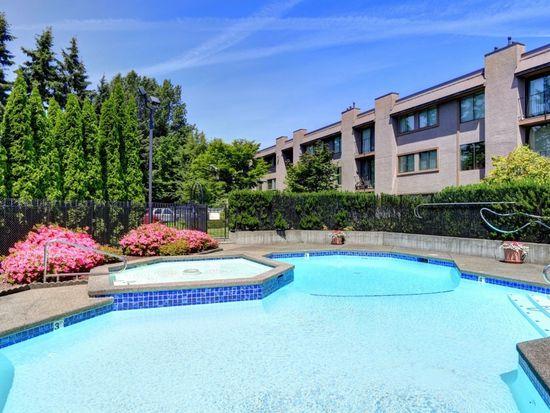 11300 1st Ave NE APT 317, Seattle, WA 98125