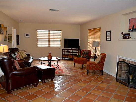 1850 Goldenrod St, Sarasota, FL 34239