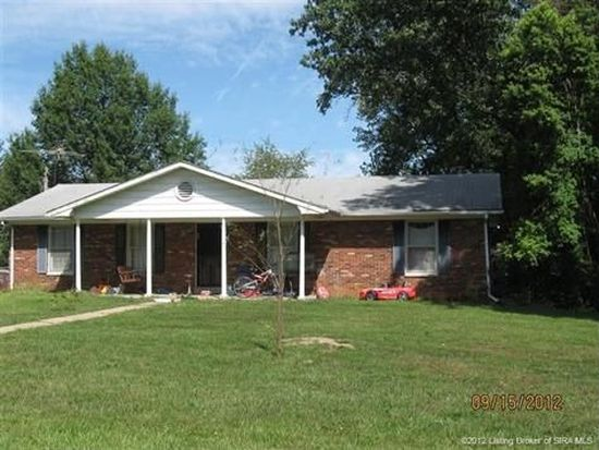 123 Lakeview Dr, Salem, IN 47167