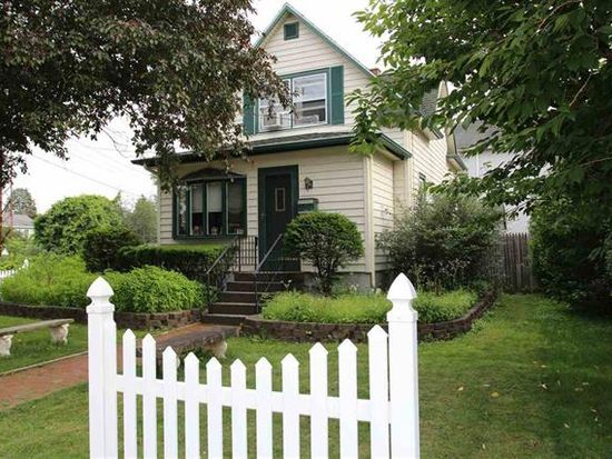 60 Menands Rd, Menands, NY 12204