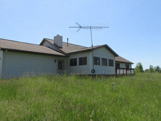 8260 Bird Lake Rd S, Osseo, MI 49266