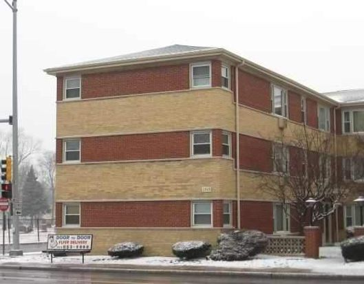 1543 Harlem Ave APT 1W, Forest Park, IL 60130