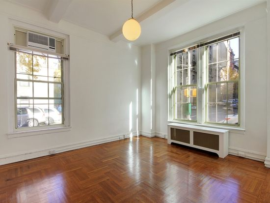 677 W End Ave APT 1B, New York, NY 10025