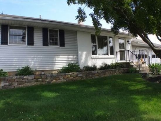 4332 Winfield Ter, Easton, PA 18045