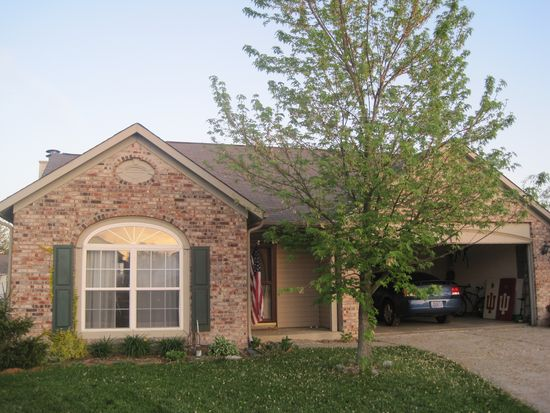 617 Canary Creek Dr, Franklin, IN 46131