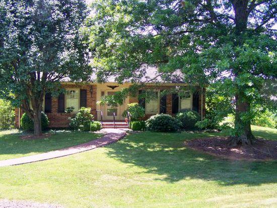 1539 Robin Hood Ln, Johnson City, TN 37604