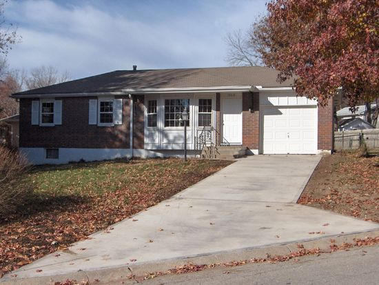 15410 E 36th St S, Independence, MO 64055