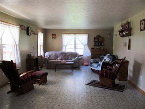 9332 New Rd, Guys Mills, PA 16327