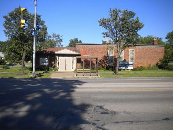6087 Ridge Rd, Parma, OH 44129