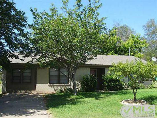 404 Neathery St, Farmersville, TX 75442