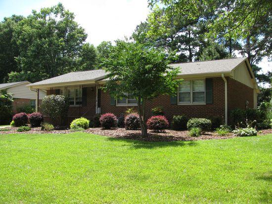 3729 Arrowwood Dr, Raleigh, NC 27604