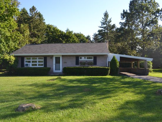 3414 Golden Key Rd, New Tripoli, PA 18066