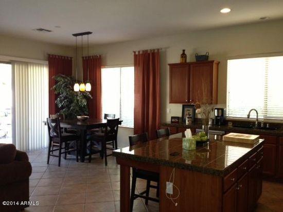 2712 W Cedarwood Ln, Phoenix, AZ 85045