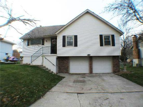 301 SE Westminister Rd, Blue Springs, MO 64014
