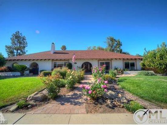 1121 Golden West Ave, Ojai, CA 93023