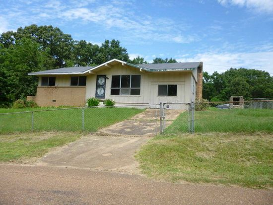 783 Martin St, Water Valley, MS 38965