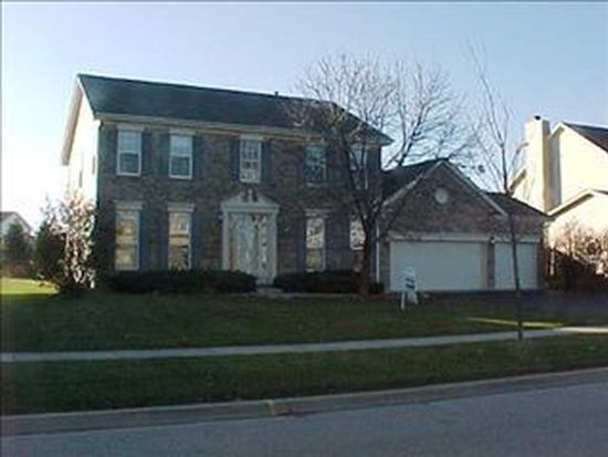 1608 Rolling Hills Dr, Crystal Lake, IL 60014