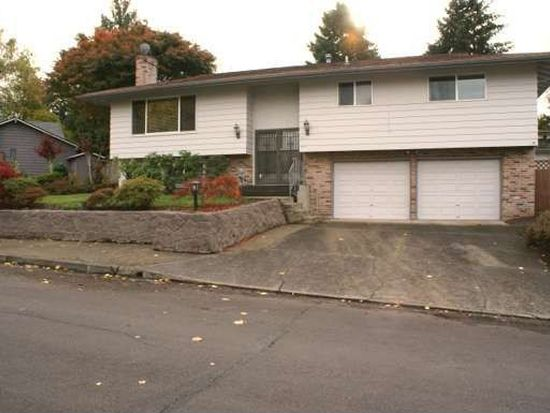 13245 SW Village Glenn Dr, Tigard, OR 97223