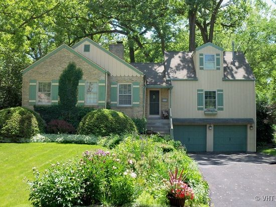 115 E Tower Dr, Tower Lakes, IL 60010