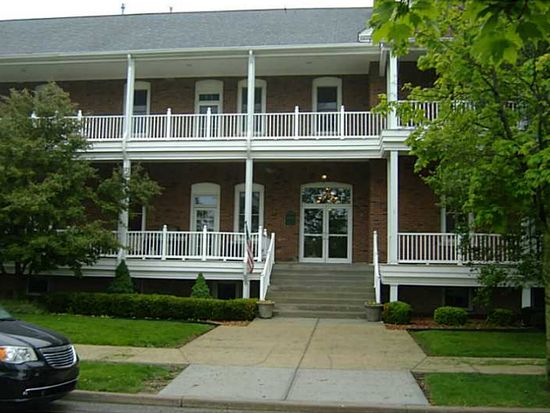 5755 Lawton Loop E Dr APT 5, Indianapolis, IN 46216