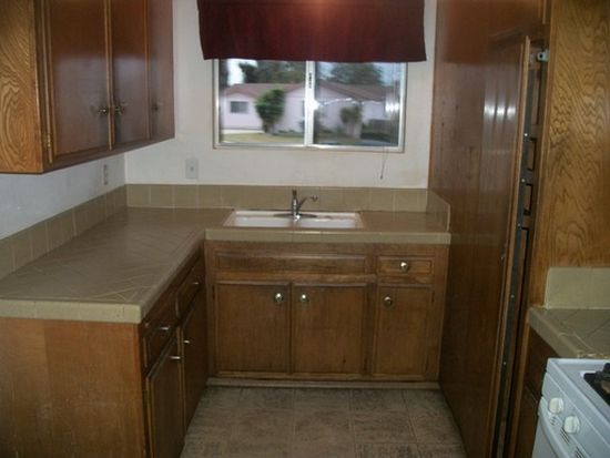 29 Plymouth Ct, Chula Vista, CA 91911