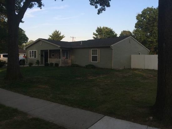 48 Forest Ln, Levittown, PA 19055