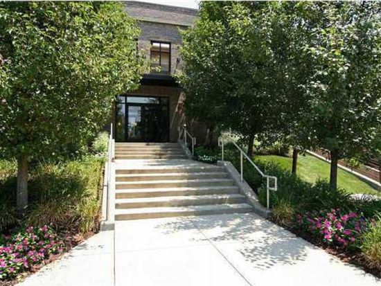8555 One West Dr # 111, Indianapolis, IN 46260