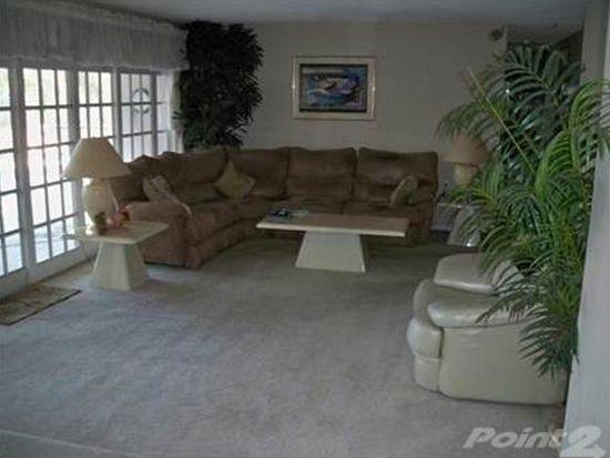 8708 Palisades Dr, Tampa, FL 33615
