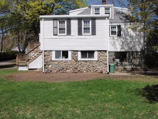 8 Forest St, Peabody, MA 01960