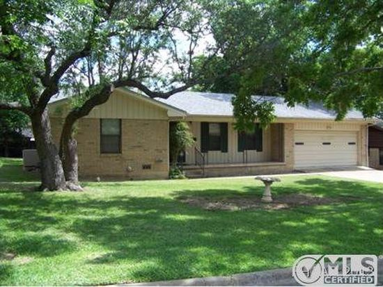 2512 Mears Dr, Gatesville, TX 76528