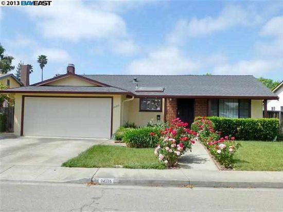 34205 Whitehead Ln, Fremont, CA 94555
