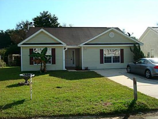 12248 Five Oaks Dr, Gulfport, MS 39503
