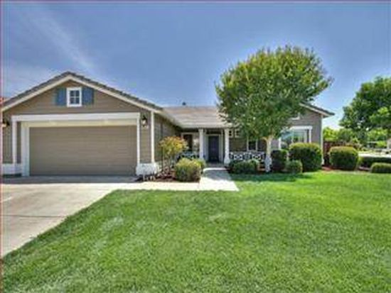 9010 Brittany Ct, Gilroy, CA 95020