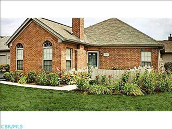 2141 Ravine Woods Dr, Grove City, OH 43123