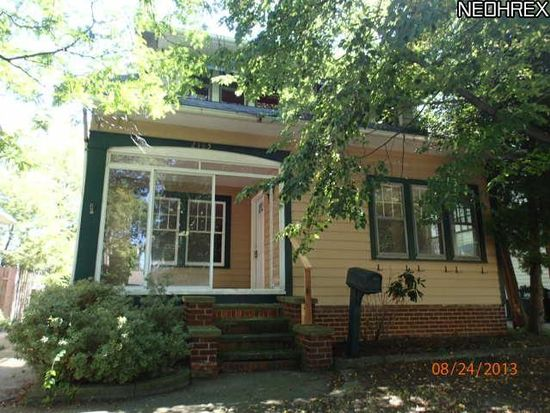 2185 Mckinley Ave, Lakewood, OH 44107