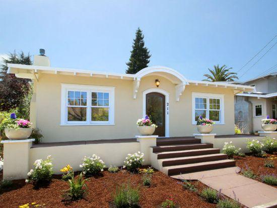 211 Peyton St, Santa Cruz, CA 95060