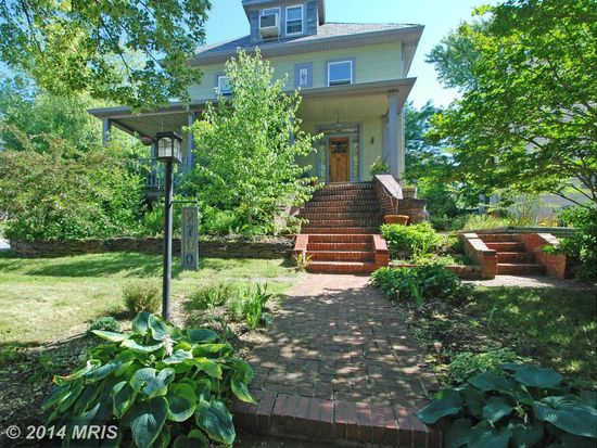 2700 Gibbons Ave, Baltimore, MD 21214