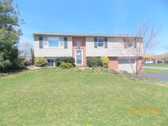 16 Swatara Cir, Jonestown, PA 17038