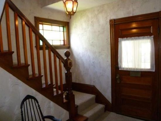 36 Capitol St, Watertown, MA 02472